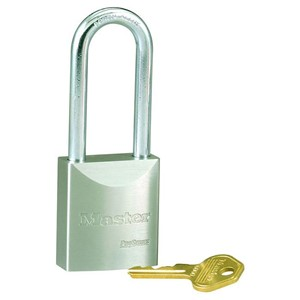 Picture of Masterlock 7030LTK Solid Steel 40mm wide body Boron Shackle